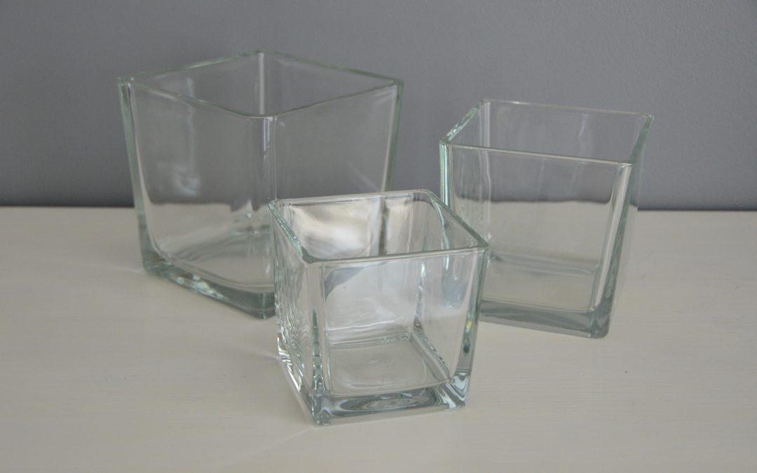 Location vase carré : 3€