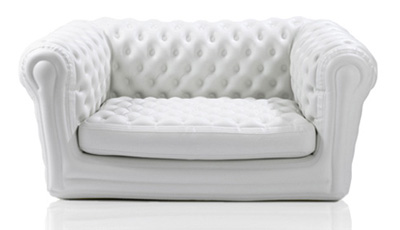 Canapé Chesterfield gonflable : 80 €