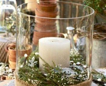 Vase cylindrique en verre: 4 €
